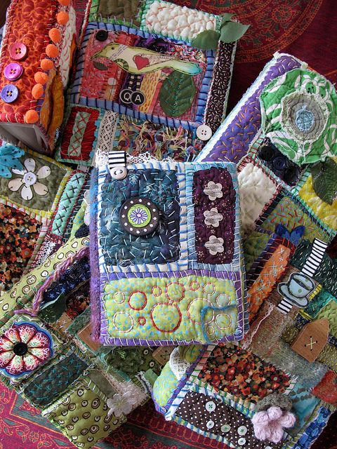 handquilted journal covers by Phizzychick, based on Teesha Moore's tutorial at http://www.youtube.com/watch?v=2Cm4RoEsgl0