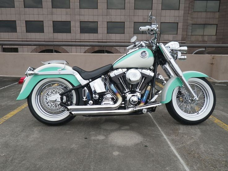 Harley-Davidson : Softail One of the nicest custom Harley Davidson Fat Boys that you will ever find !