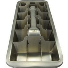 Metal ice cube tray, what a pain..you were sorry if you put your tongue on it!