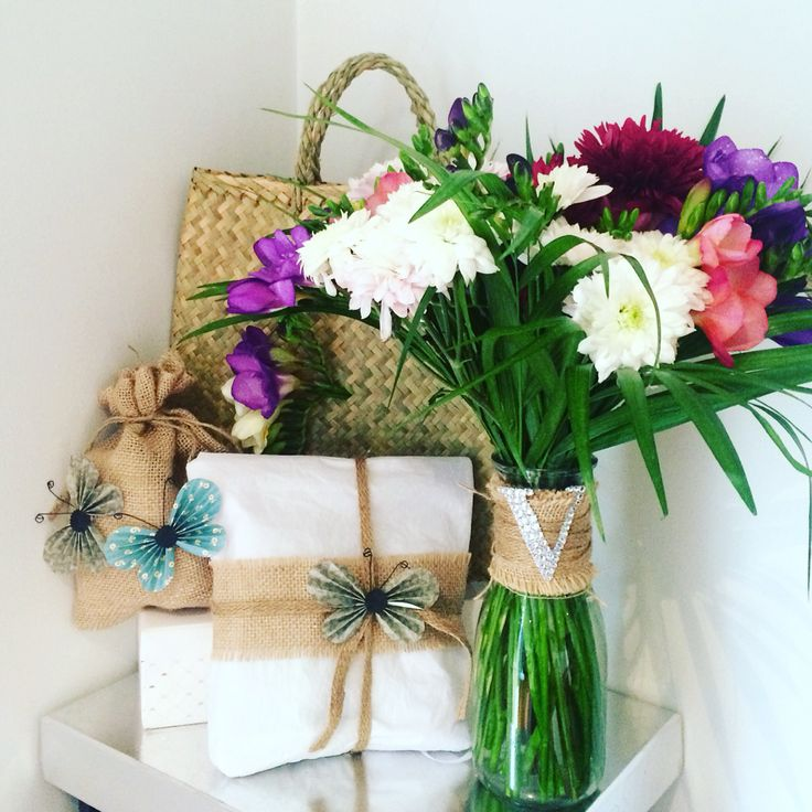 Beautiful bouquet, personalised vase & gift styling