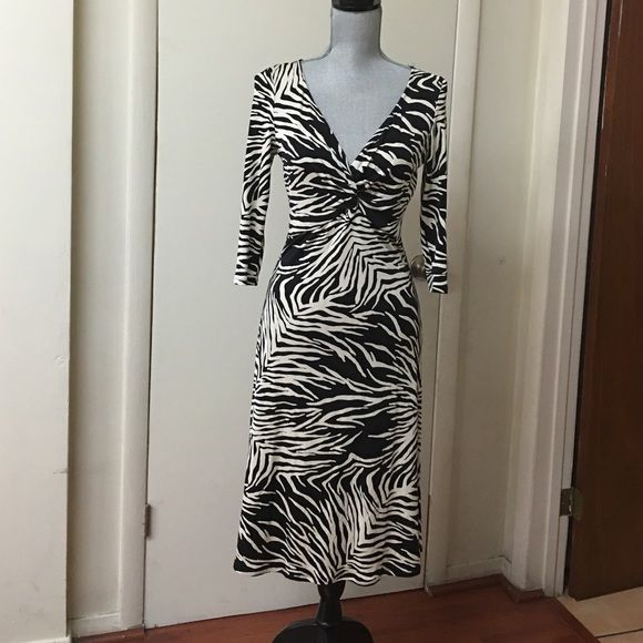 Pink Tartan Animal Print Evening Dress SZ SP Great dress in excellent condition fits below the knew Dresses Midi
