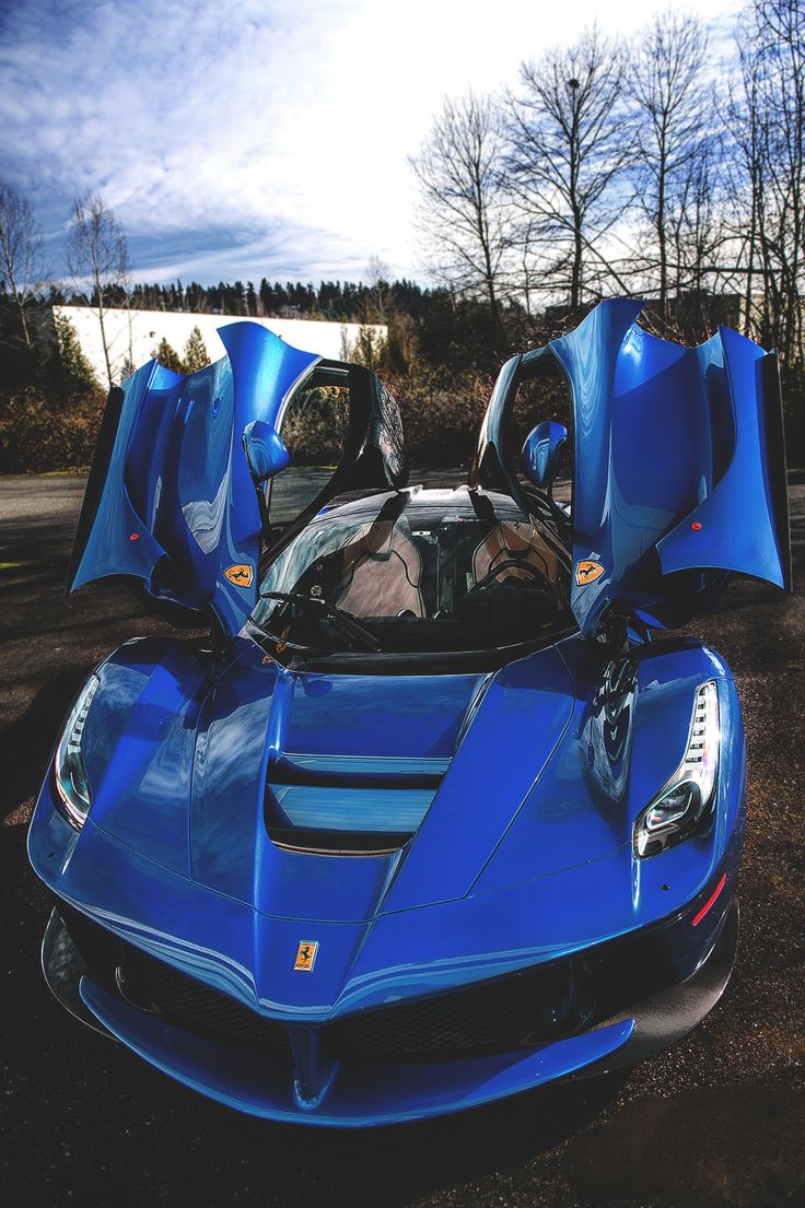 The Amazing LaFerrari Hybrid Supercar