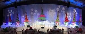 christmas tree stage - Yahoo Image Search Results