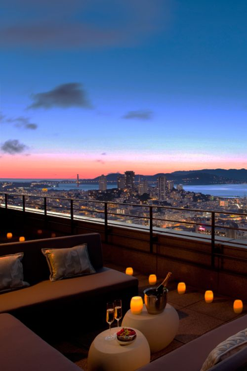 Mandarin Oriental Rooftop Champagne Bar in San Francisco