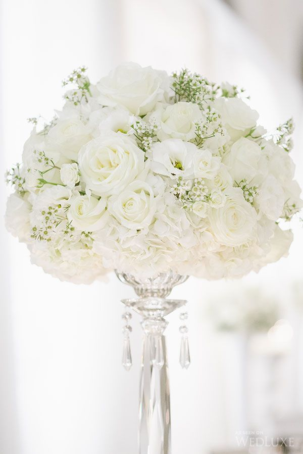 Tall white arrangement. ONE FINE DAY EVENT PLANNING + DESIGN. | Photography by: Rebecca Wood Photography.