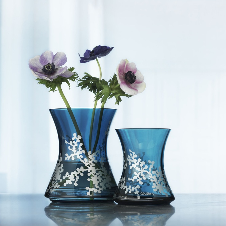 totally in love with these vases!Tann Vases, Blue Vases, Beautiful Vases, Flower Vases, Totally
