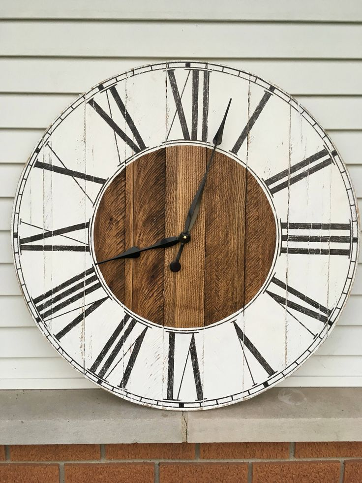 Wood Clock Rustic Farmhouse Style Wooden Pallet