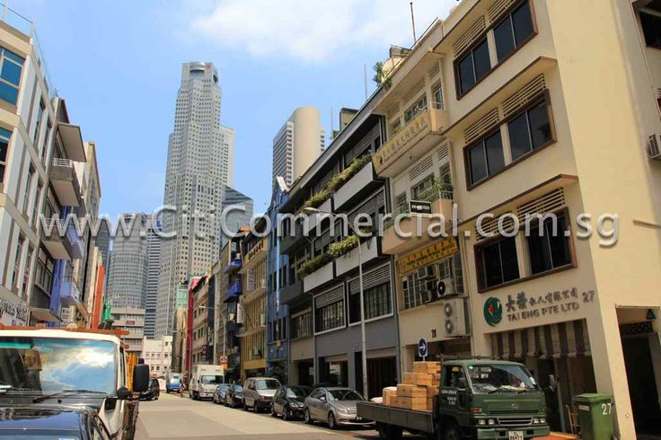 Hong Kong Street Shophouses consist of shophouses along Hong Kong Street and Carpenter Street.