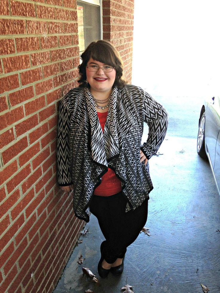 Unique Geek: Plus Size OOTD: Festive In Chevron #chevron #plussize #plussizeootd #plussizefashion #plussizestyleblogger #plussizefashionblogger #plussizeblogger #winteroutfit #christmasoutfit:
