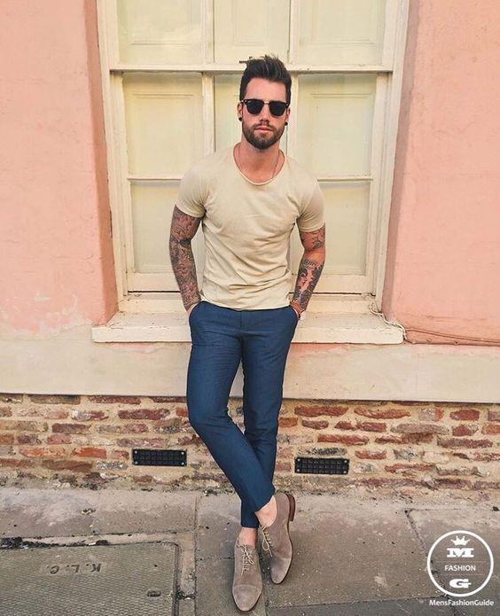 Roupa de Homem para Trabalhar. Macho Moda - Blog de Moda Masculina: Roupa de Homem para Trabalhar no Verão 2018, dicas para Inspirar! Moda para Homens, Como se vestir para Trabalhar Homem, Roupa de Escritório Masculina, Camiseta Gola Canoa, Calça Cropped masculina
