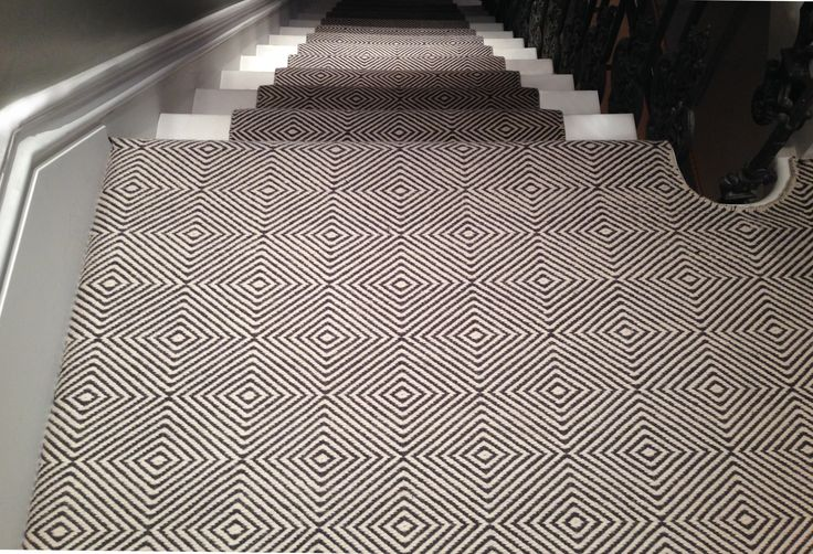 CAVALCANTI   Diamond. Flat woven with pure New Zealand wool. Available in bespoke colours and sizes, suitable for stair runners, wall to wall carpets and loose lay rugs. http://www.cavalcanti.co.uk