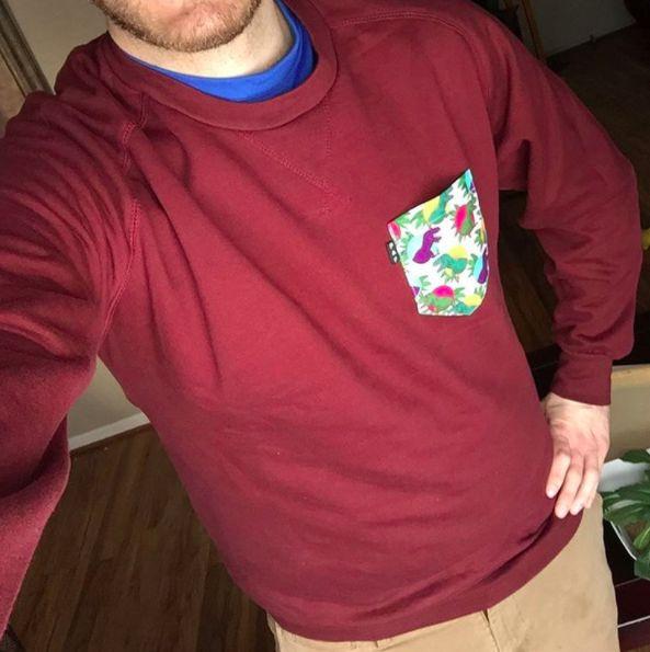 Men's clothing・Pocket tee・Little Foot・Pattern・Funny・Montreal ❖ Vêtements pour hommes・Chandail à poche・Petit pied le dinosaure・Motifs・Montréal