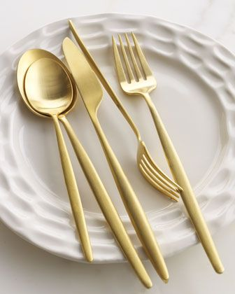 5 piece gold place setting from DVF $105Desserts, Forks, Spoons, Silver, Cutlery, Diane Von Furstenberg, Places Sets, Gold Flatware, Neiman Marcus