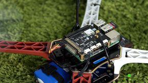 A Navio2 é uma placa criada pela Emlid para permitir a criação de drones que usem o Raspberry Pi como unidade central de processamento. Confira os melhores drones com câmera no BrasilA Navio2 tem suporte a Raspberry Pi 2 e ...