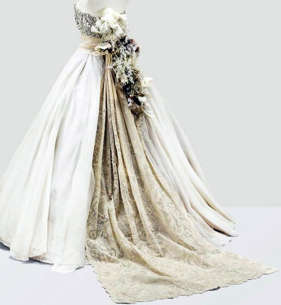 Dior haute couture gianfranco ferr robe du soir for Couture a valenciennes