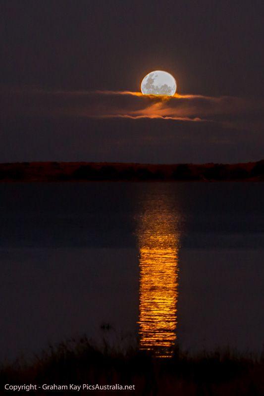 Moonrise on Lake Coongie SA #Australian #Landscape #Photography