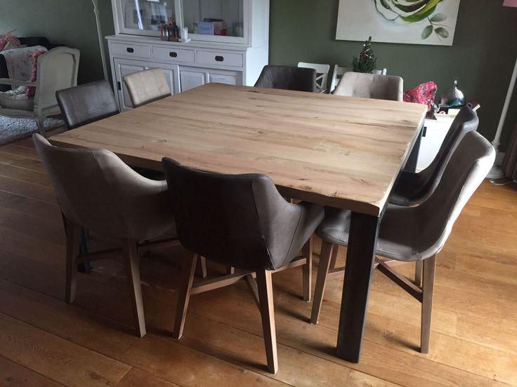 Vierkante tafel #industrial #betaalbaar #tabledusud #oak #furniture #square