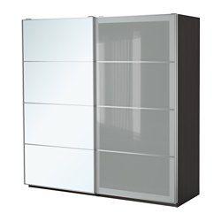 IKEA - PAX, Garderobeskap, dørdemper som gir myk lukking, 200x66x236 cm, , 10 års garanti. Les om vilkårene i garantiheftet.I PAX-planleggeren kan du enkelt tilpasse denne ferdige PAX/KOMPLEMENT-kombinasjonen etter behov og smak.Med skyvedører har du plass til flere møbler, fordi de ikke tar opp ekstra plass når de åpnes.Lukkemekanismen fanger dørene, slik at de lukkes sakte og stille.Hvis du vil organisere innsiden, kan du supplere med innredning fra KOMPLEMENT-serien.Justerbare føtter…