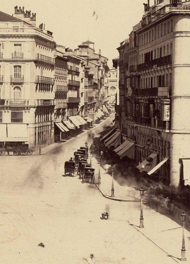 Carrera de San Jerónimo desde la Puerta del Sol, 1870. J.Laurent. Biblioteca Nacional (Madrid)