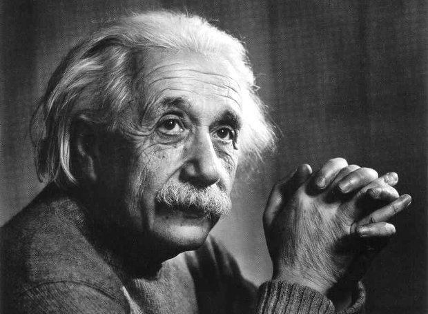 Άλμπερτ Αϊνστάιν (1879 – 1955): Γερμανός φυσικός, τιμημένος με Νόμπελ Φυσικής το 1921. Υπήρξε μία από τις πιο δημιουργικές διάνοιες στην ιστορία της ανθρωπότητας και άνοιξε νέους δρόμους στην επιστήμη.