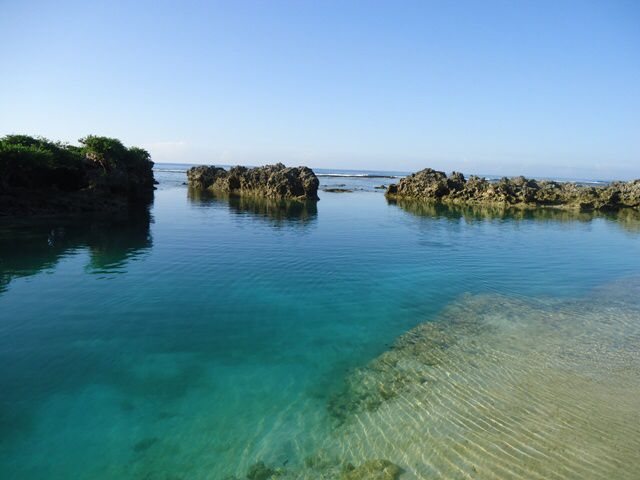 What an awesome day; time for a dip in the naturally fed lap pool #EtonReef #Vanuatu #holidaysforcouples #romanticgetaway #SouthPacificHolidays #islandlife #islanddreaming #snorkel #blue #swim