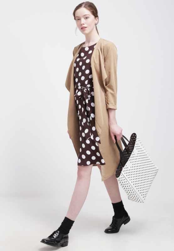 Odzież i obuwie damskie w Zalando