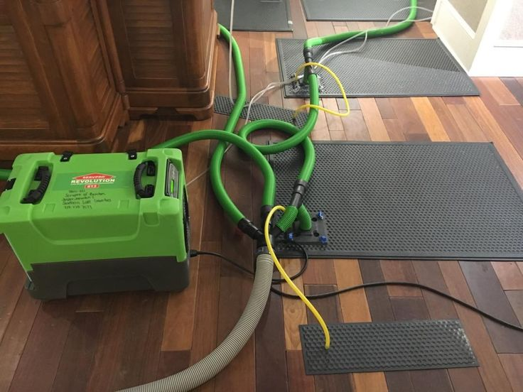 #Servpro #drying an #art #gallery in #florida after #hurricane #Irma caused #waterdamage to the #hardwood #flooring #commercial #injectidry #emergencyresponse #storm #traveling