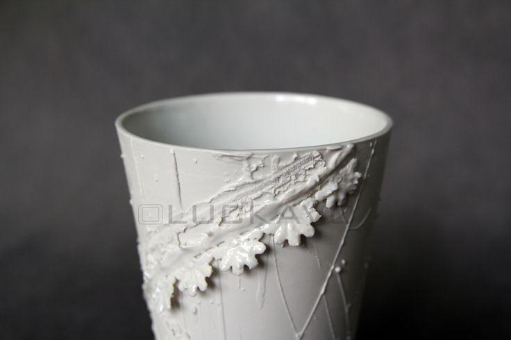 Secession - porcelain decoration by lace