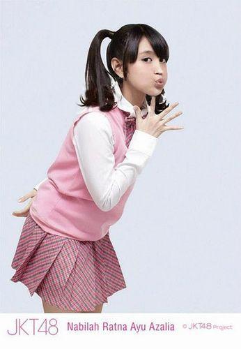 Nabilah Ratna Ayu Azalia JKT48 School   Board Artis - From http://pasutri.us/tisu-majakani.html
