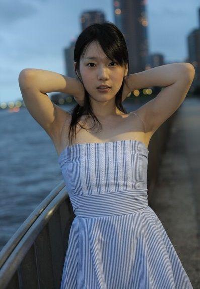 声優・内田真礼の過去個撮からようやくギリギリパンチラしてる写真が見つかる - みんくちゃんねる