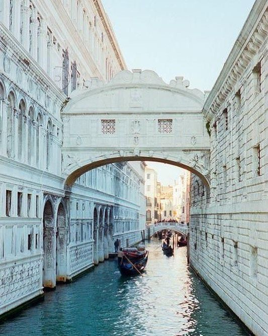 Ohhh I miss Venice's beautiful views so much! Who else is in love with this place? Did you know how the Bridge of Sighs got its name? Prisoners were escorted along the bridge after being sentenced and the 2 little windows were their last glimpses of freedom. The men would sigh as they walked to captivity!   not my photo!  _________________  #venice #wanderlust #ig_travel #travel #traveladdict #tlpicks #explore #traveler #traveling #travelgoals #bucketlist #gltlove #italia #italy…
