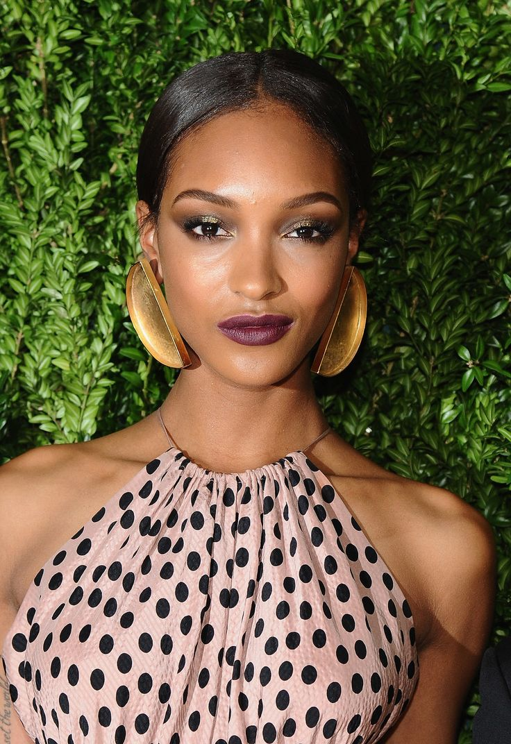 1000 images about Jourdan Dunn Models on Pinterest Cara. Jourdan Dunn knows how to rock a bold lip Maybelline New York New York