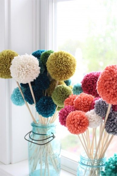 best 25 pom pom flowers ideas on pinterest pom pom diy making flowers with paper and tissue. Black Bedroom Furniture Sets. Home Design Ideas