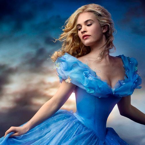 Mais um filme da Disney vem aí, Cinderela. E junto com ele muitas coleções de produtos inspirados, confira algumas no blog!