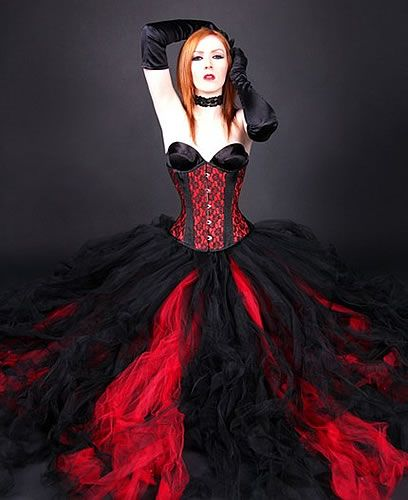 Red and black formal tulle skirt i personally don 39 t care for Harley quinn wedding dress