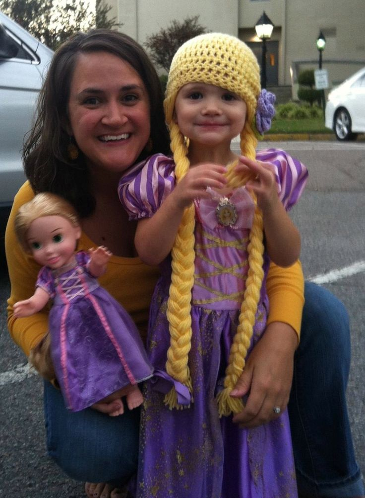 Rapunzel Infinity Scarf Crochet Pattern Free : 308 best images about Shes Crafty! on Pinterest ...