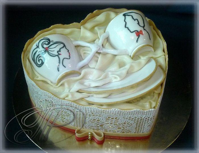торт на фарфоровую свадьбу (20 годовщина свадьбы).