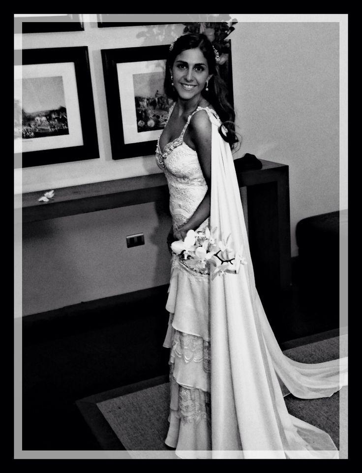 Vestido De Novia con Capa Romana #susanananiasnovias