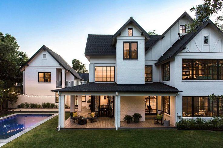 Das historische Haus im Tudor-Stil in Houston erh…