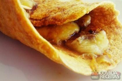 Receita de Crepe de farinha de coco saudável em receitas de doces e sobremesas, veja essa e outras receitas aqui!