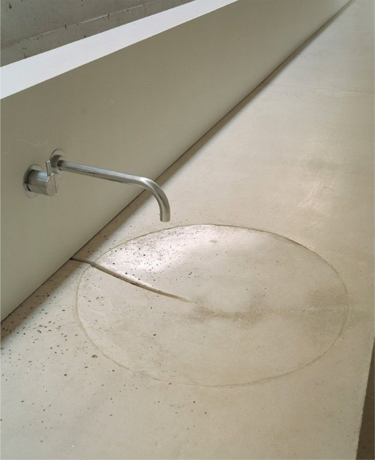 Simplicity | Sink detail @Holy Rosary Church Complex / Trahan Architects