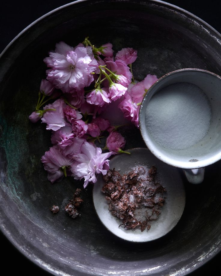 Salted and pickled cherry blossoms (recipe)