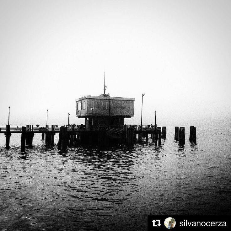 #Repost @silvanocerza  #passignano #trasimenolake #bw #fog
