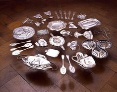 Cornelia Parker, Thirty Pieces of Silver (Exhaled), 2003, 30 silver plated items crushed by 250 ton industrial press, metal, wire (c) Image Courtesy the artist & Frith Street Gallery, London