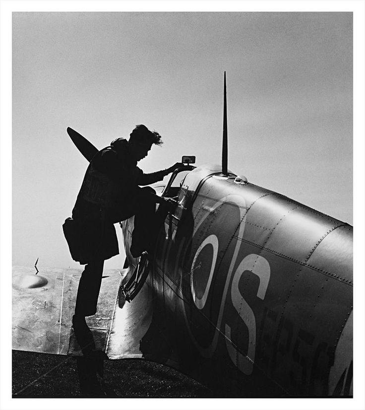 Snímek z roku 1942, 312. Československá stíhací peruť, Redhill-Surrey | na serveru Lidovky.cz | aktuální zprávy