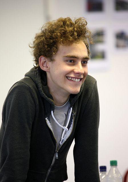 ej altså så cute, hans tænder, hans ører. My latest obession