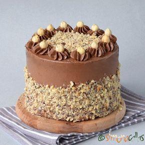 Tort Ferrero Rocher cu alune, bezea si Nutella - simonacallas