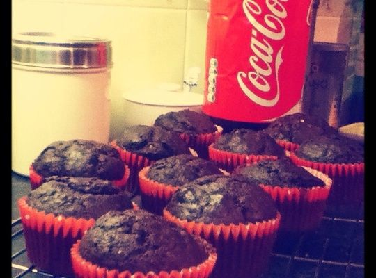 How to Cook Coca Cola Chocolate Cupcakes🎂