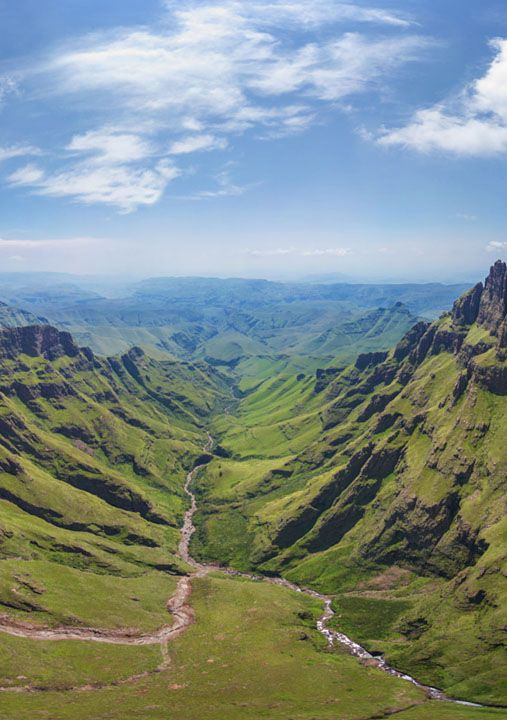 Drakensberg, South Africa - Travel                              …