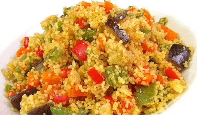 Reciclaje de verduras con cuscus https://recetasconthermo.com/2016/05/10/reciclaje-de-verduras-con-cuscus/